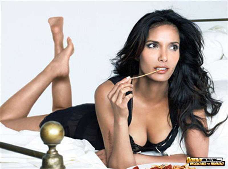 padma lakshmi looking hot