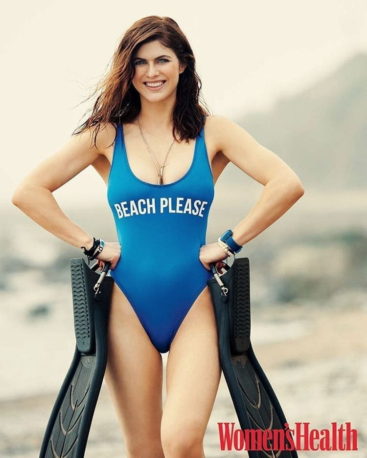 Alexandra Daddario Hot in Swimming Costume