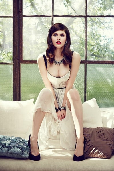 Alexandra Daddario Sexy Boobs