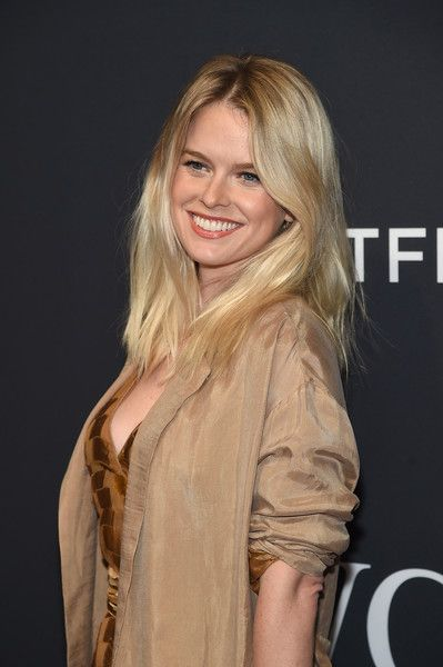 Alice Eve Smile