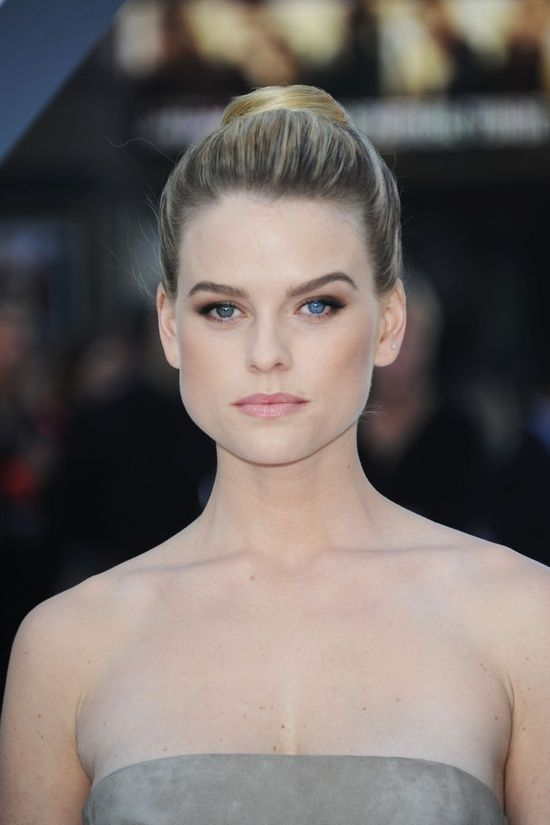 Alice Eve on Awards