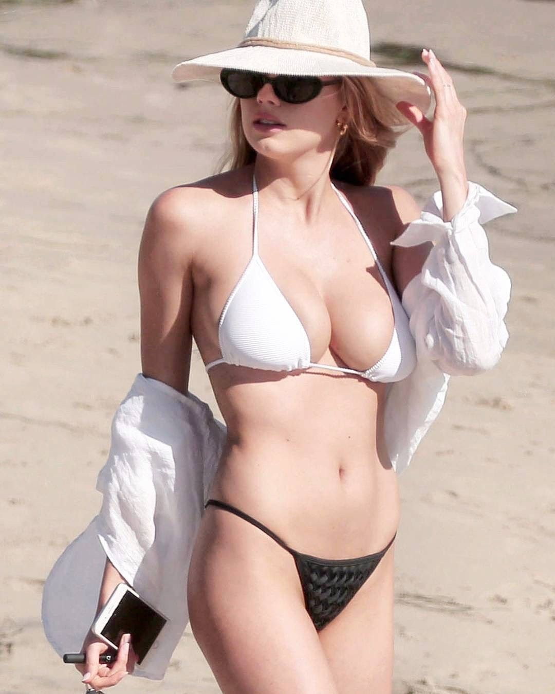 Amy Adams Hot Naked 49 hottest amy adams bikini pictures expose her sexy hour