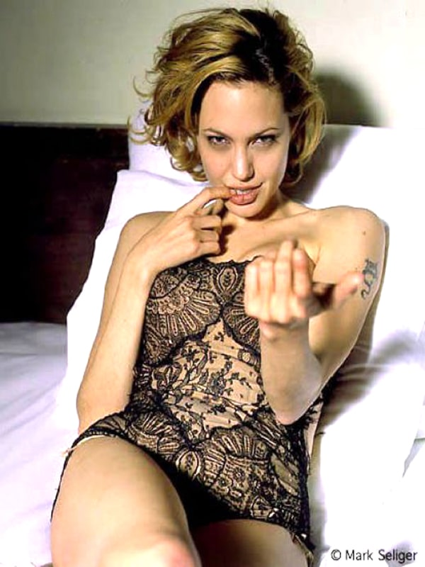 Angelina Jolie very hot pic