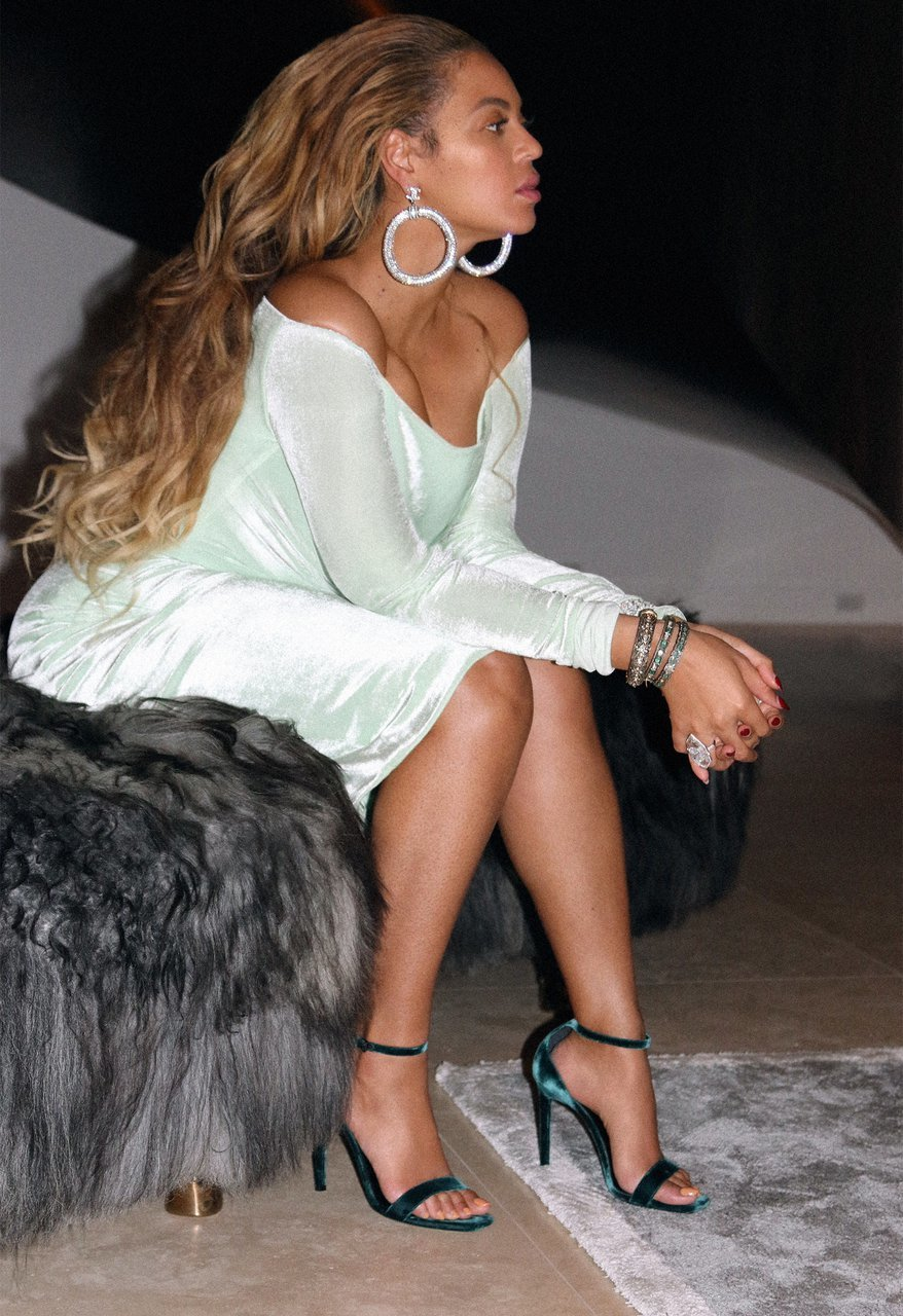 Beyonce feet awesome pictures