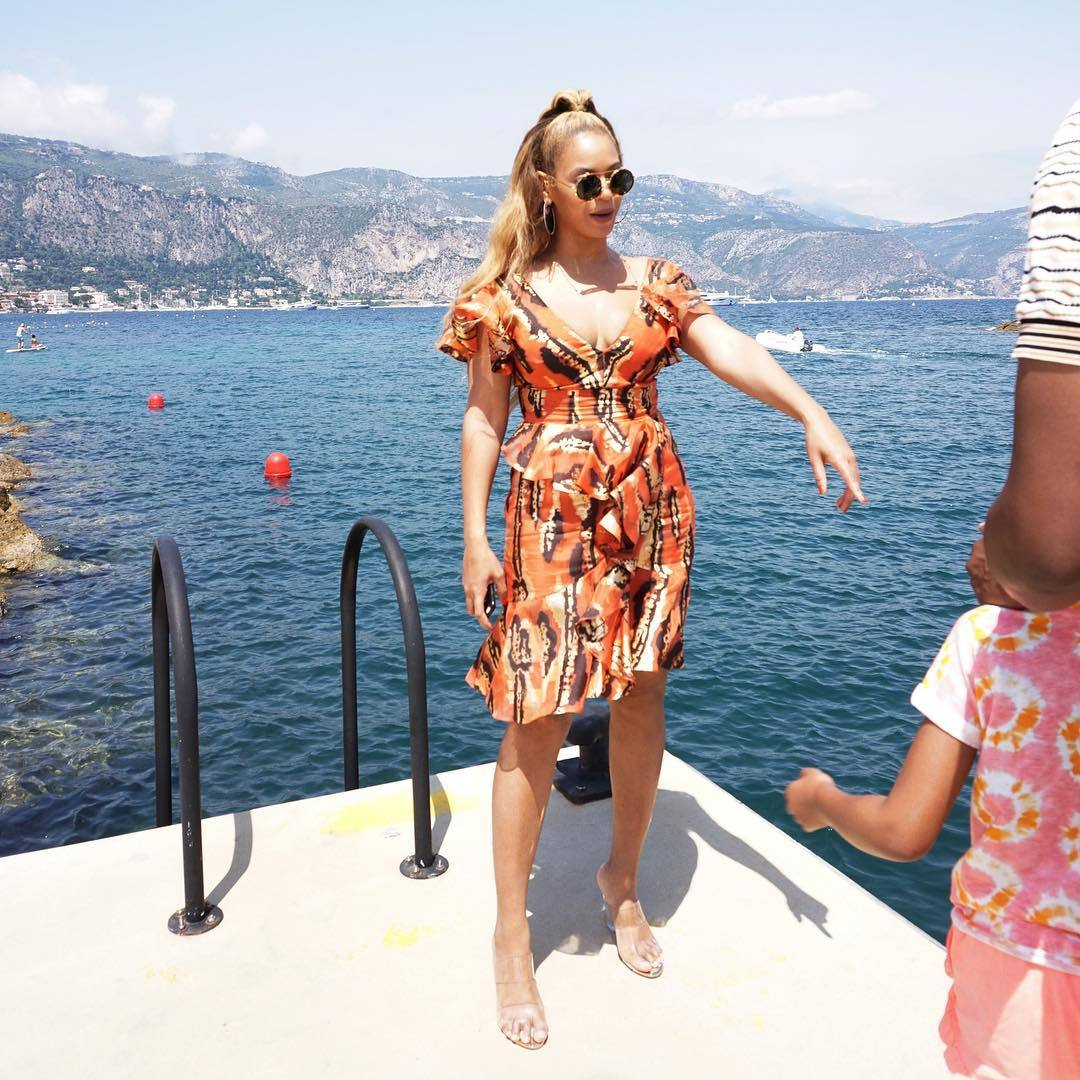 Beyonce feet beautiful pictures