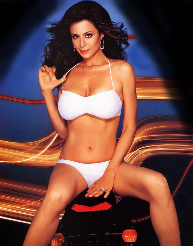 Catherine Bell Hot in White Bikini