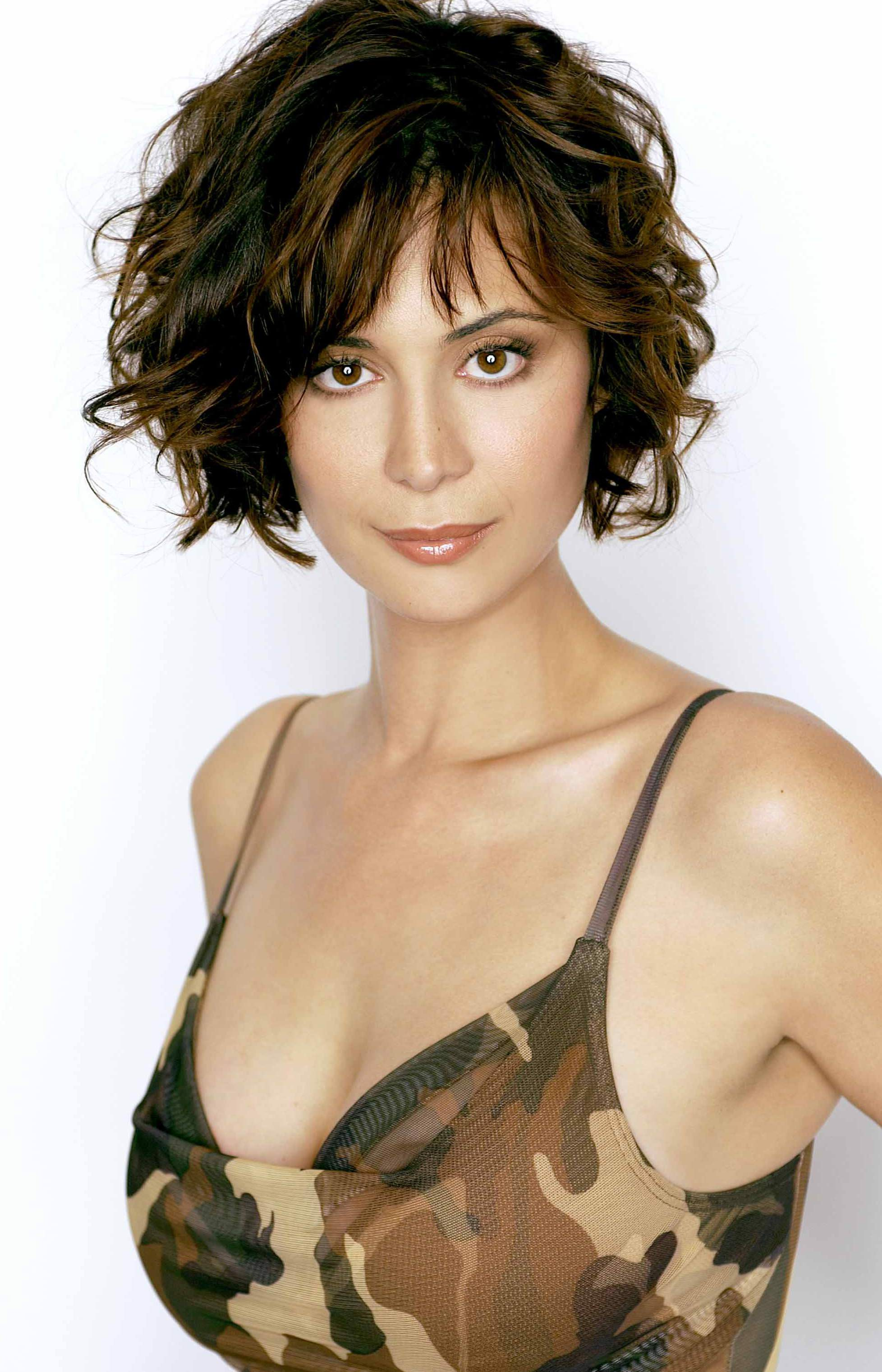Catherine Bell Hot on Short Hair