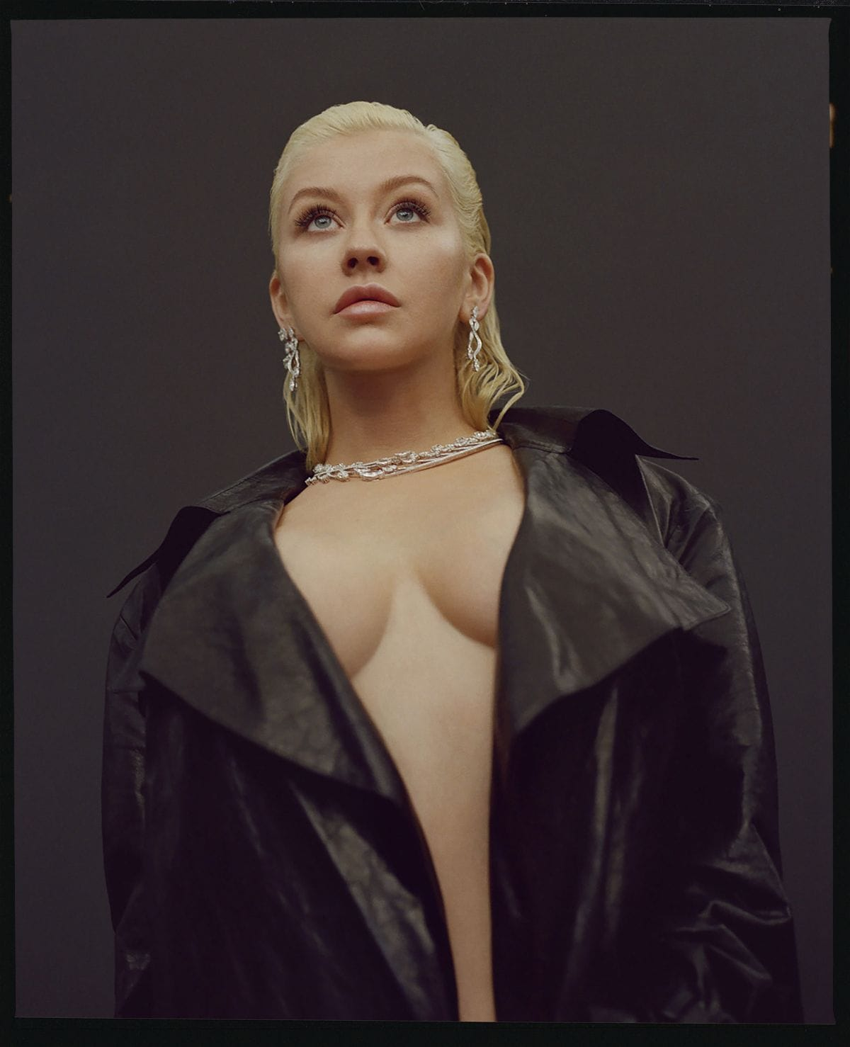 Christina Aguilera cleavages sexy pic