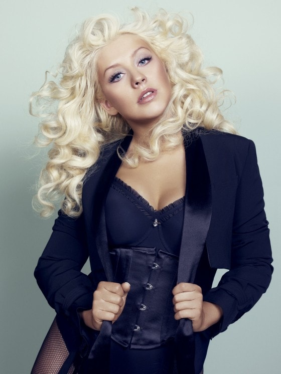 Christina Aguilera cleavages sexy pictures