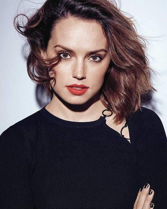 Daisy Ridley Red Lips