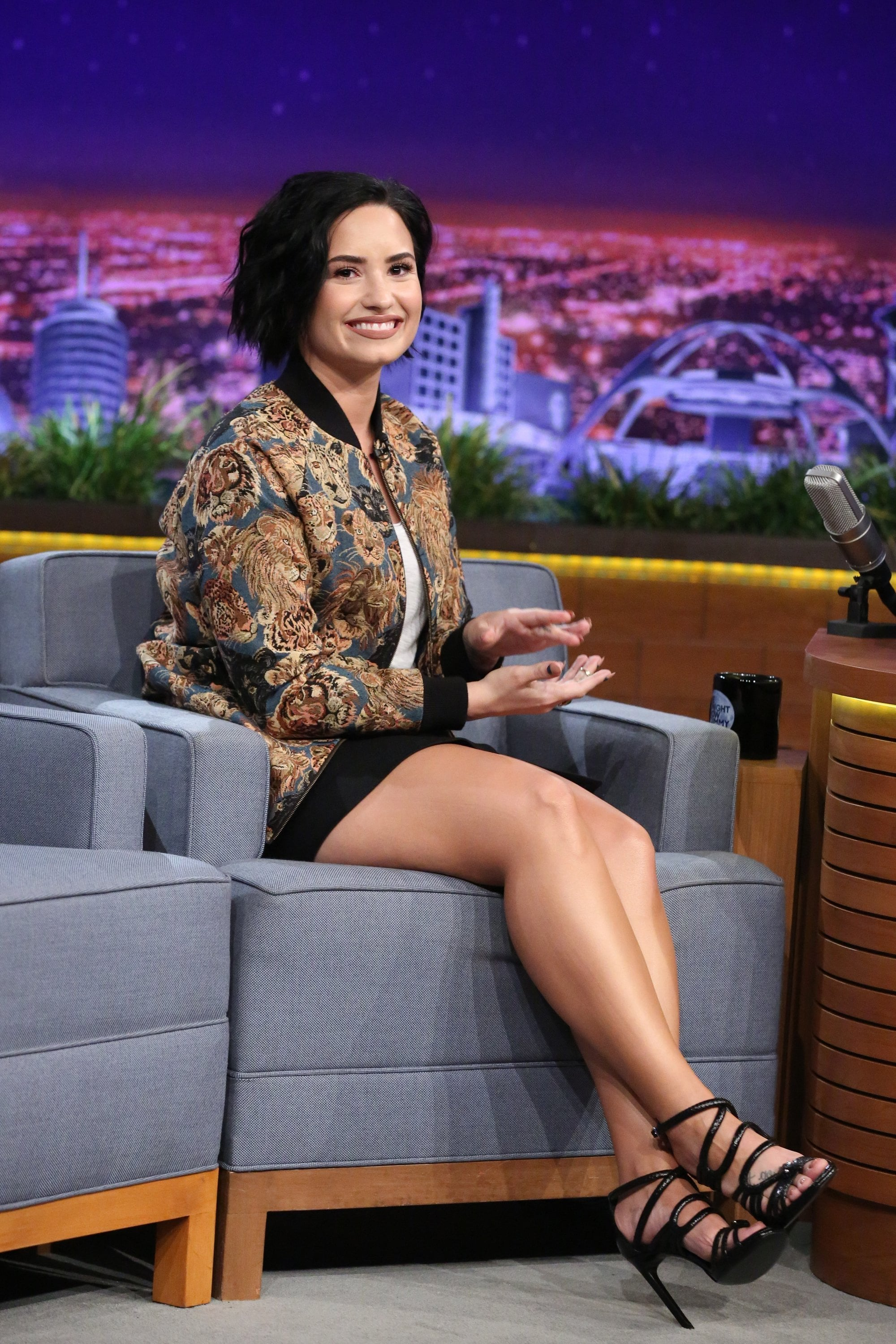Demi Lovato Sexy Feet in high heels