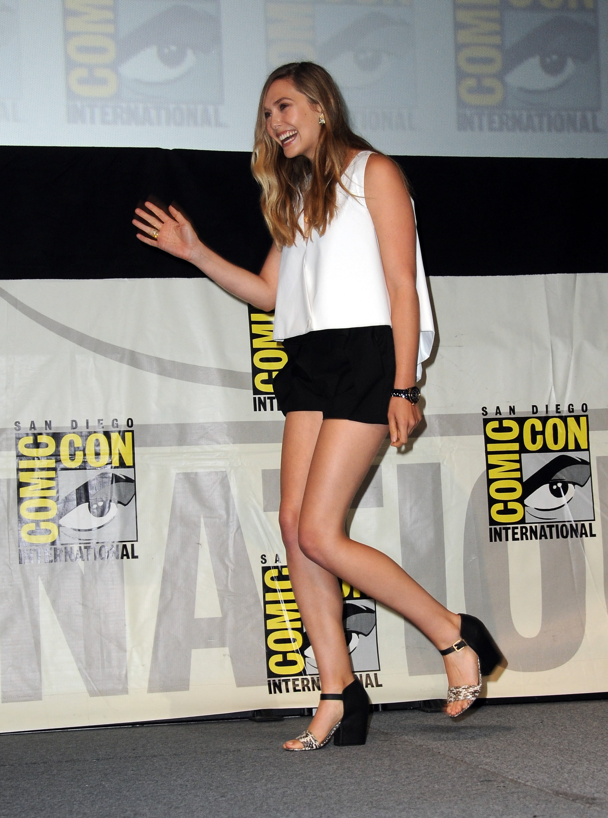 Elizabeth Olsen Sexy Feet in high heels