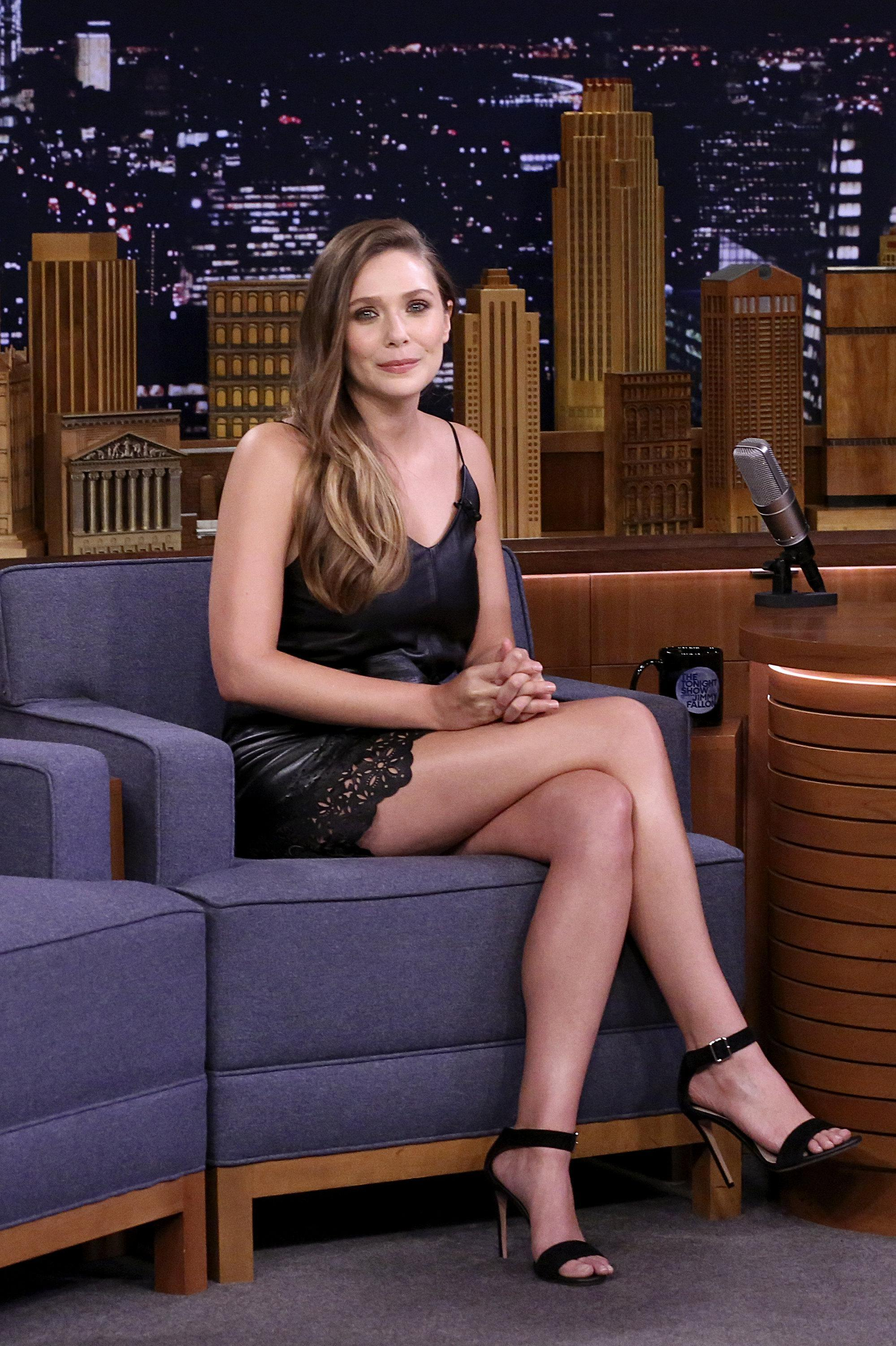 49 Sexy Elizabeth Olsen Feet Pictures That Are Sure To Make You Her Biggest Fan-6086