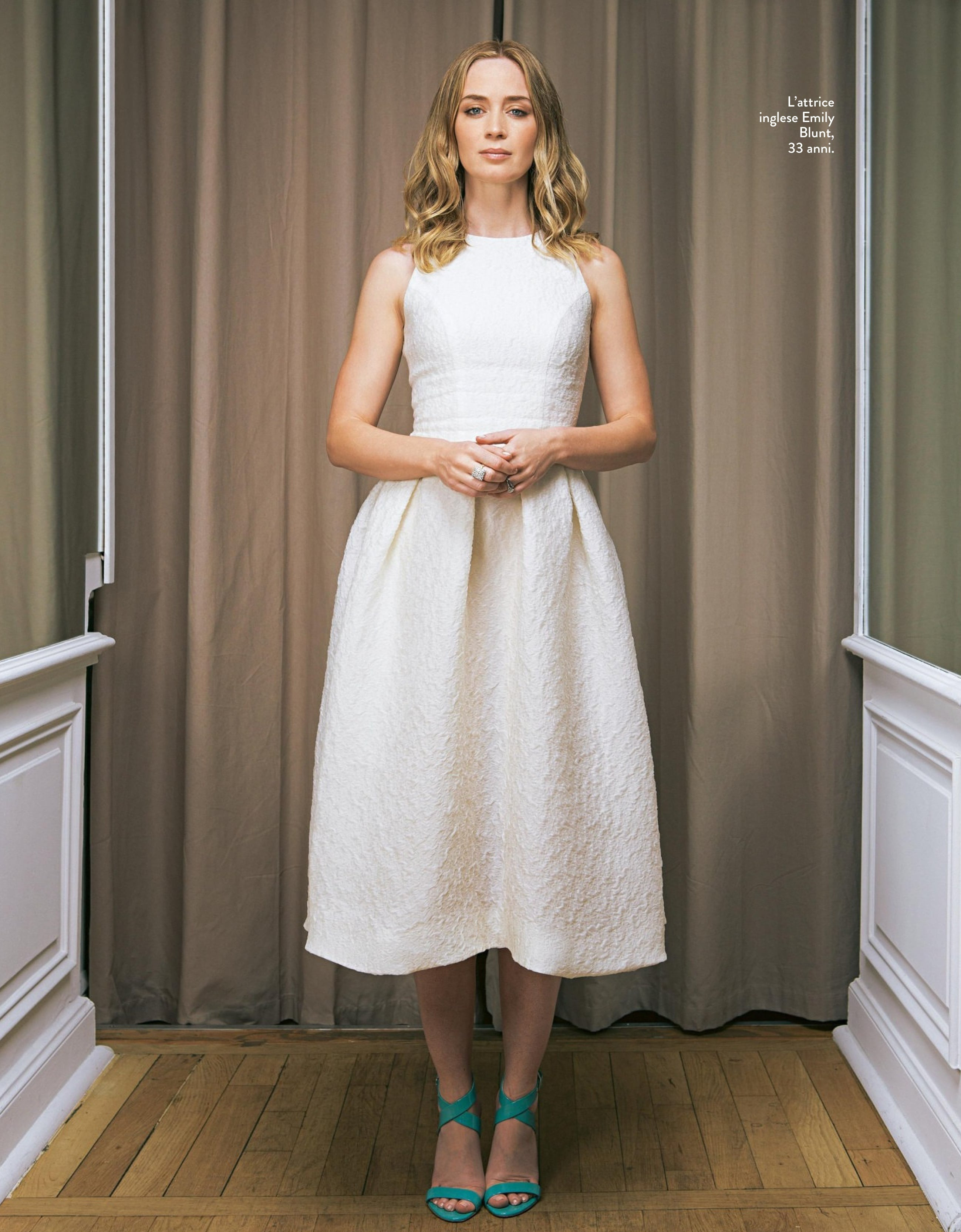Emily Blunt feet pictures