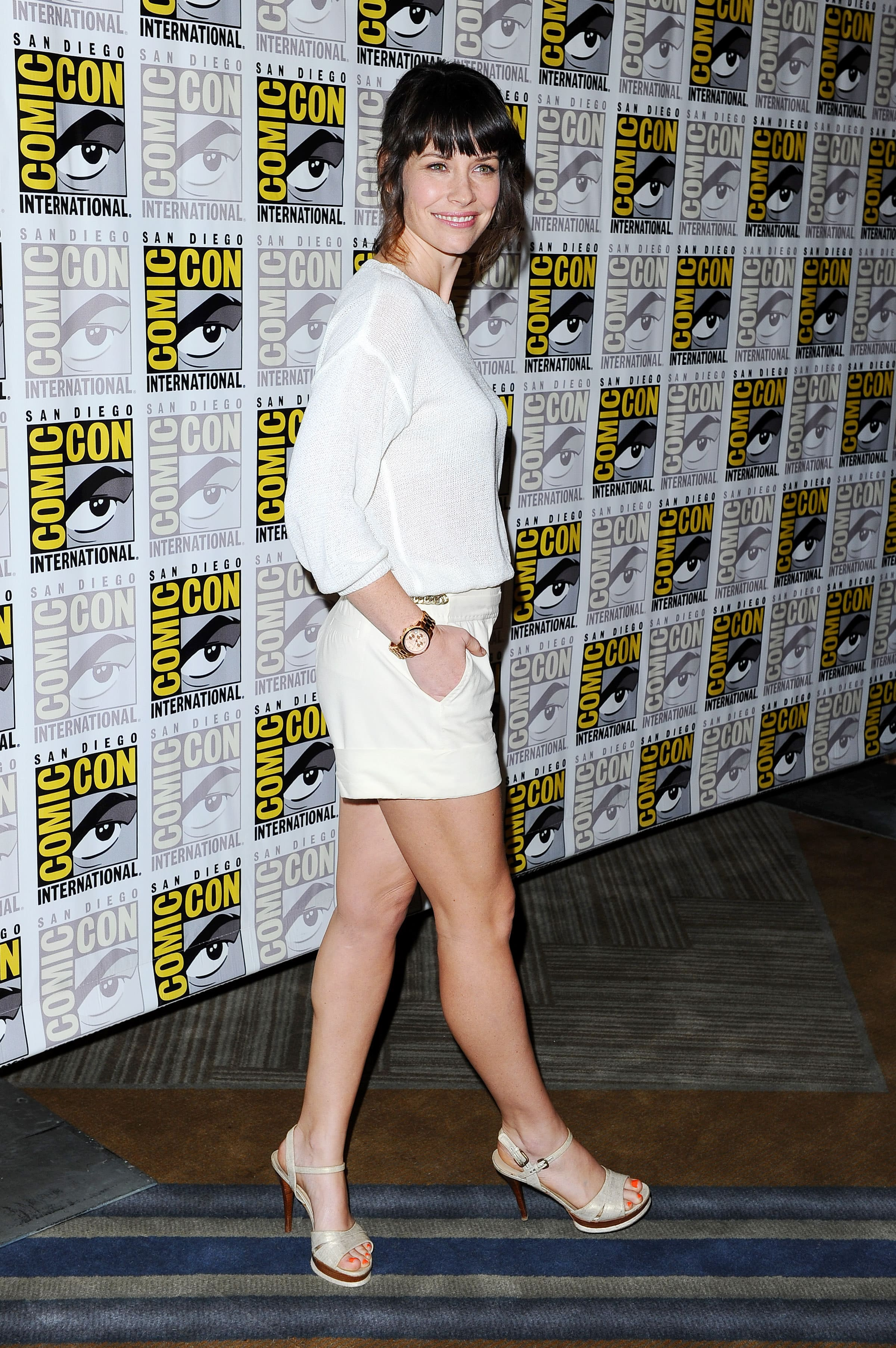 Evangeline Lilly hot toe nails