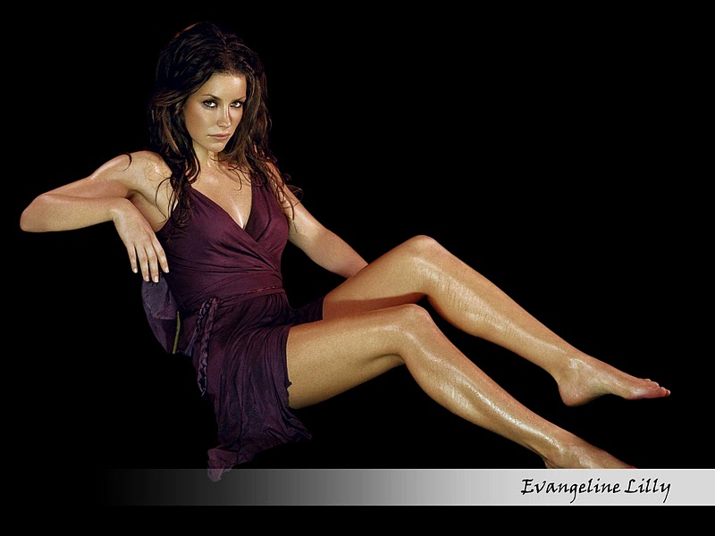 Evangeline Lilly legs awesome