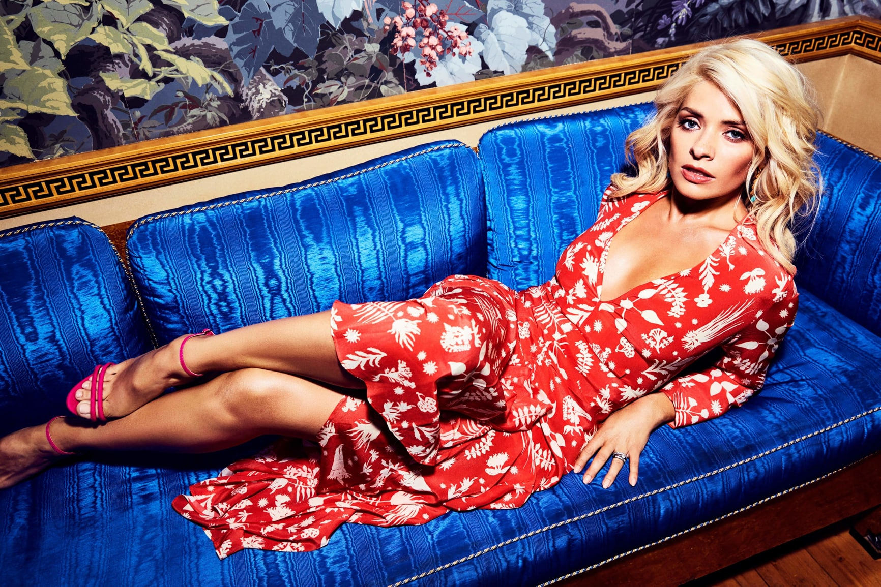 Holly Willoughby Sexy Toes