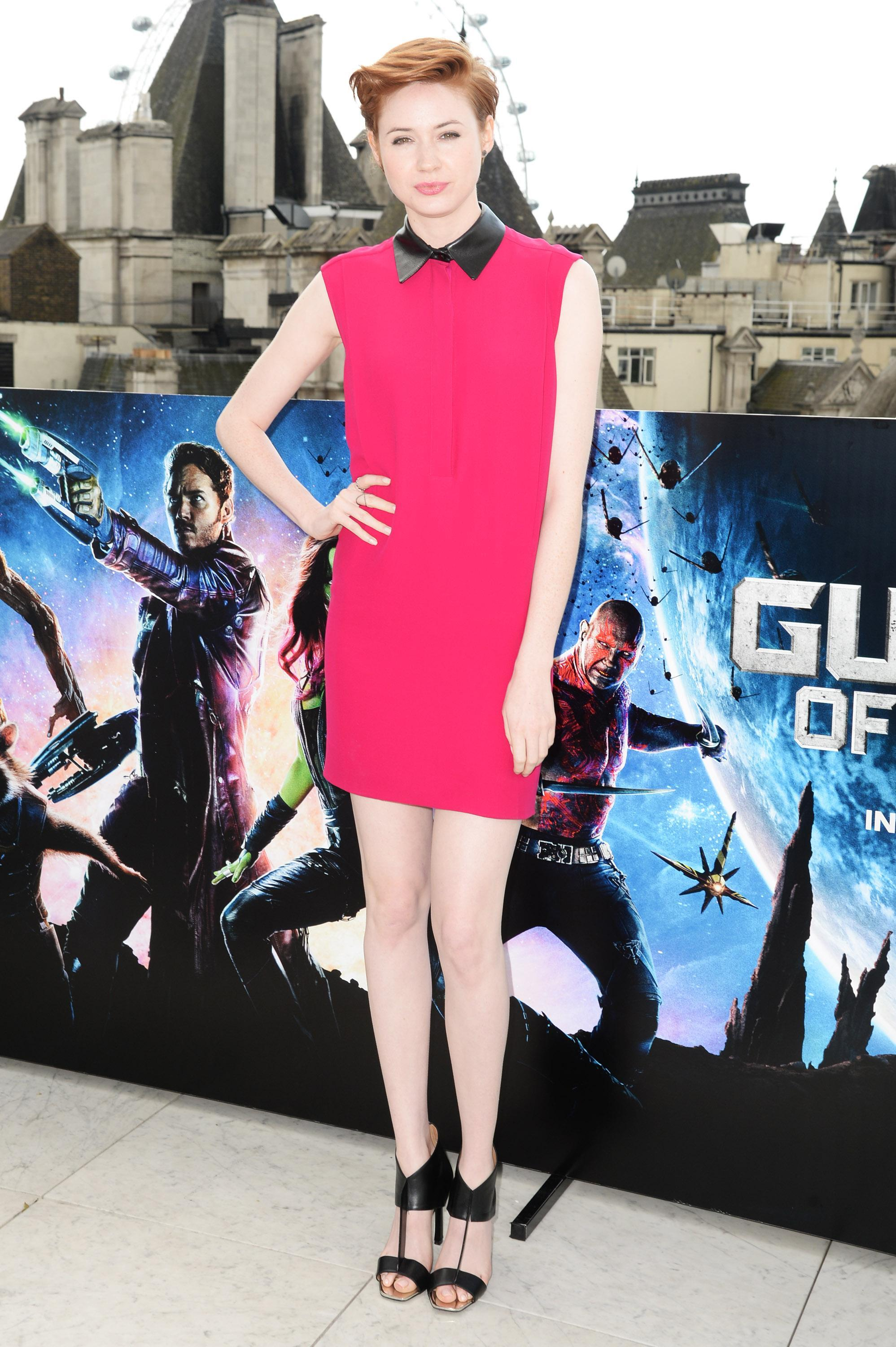 Karen Gillan feet hot high heels