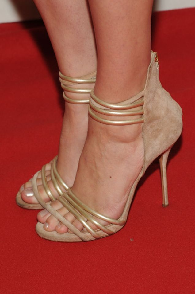 Kate Upton Beautiful Feet Image