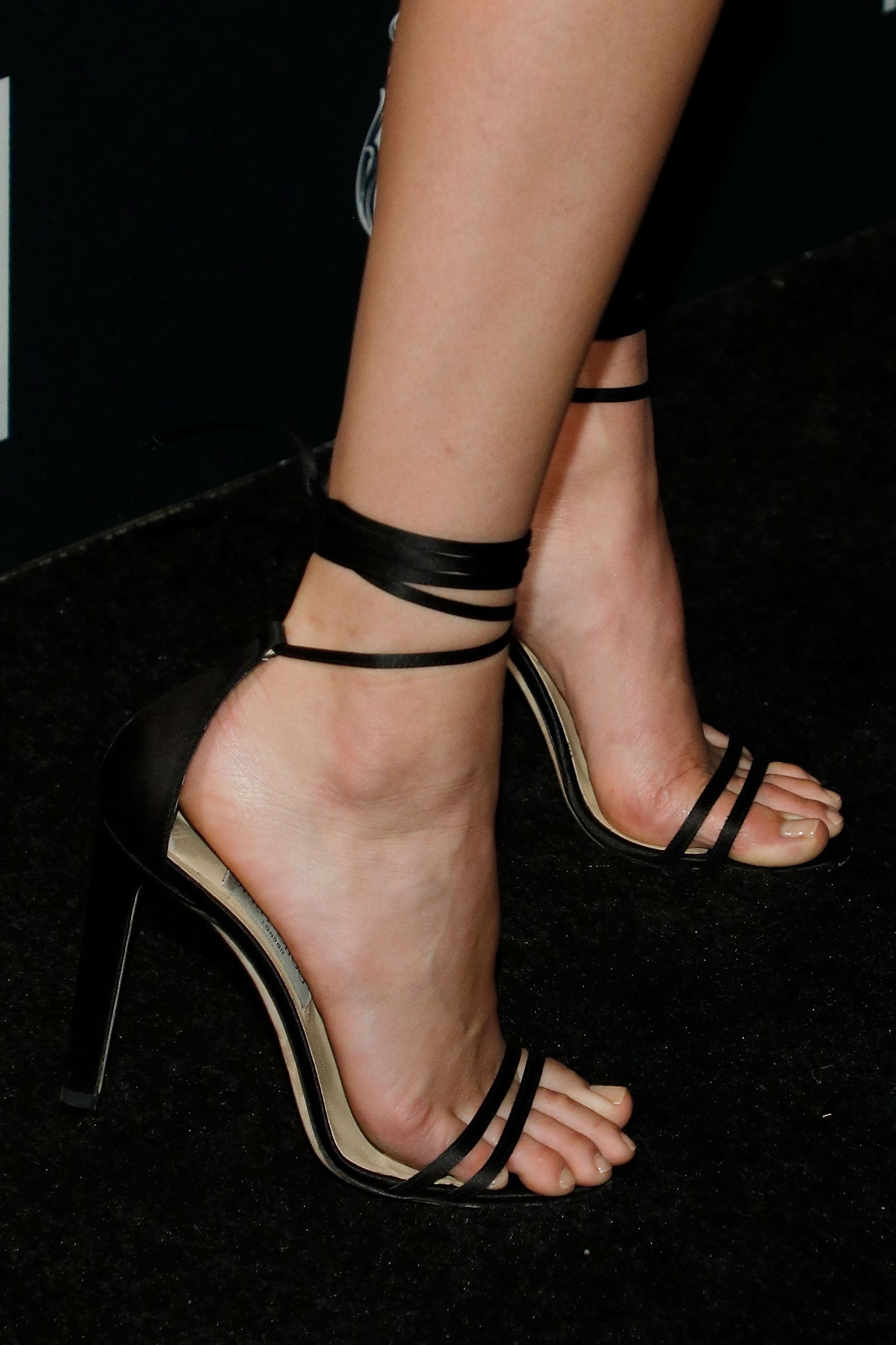 49 Sexy Kendall Jenner Feet Pictures Which Will Make You