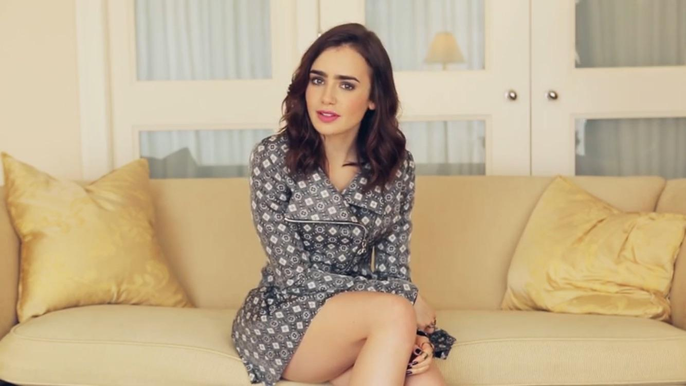 Lily Collins legs sexy pic