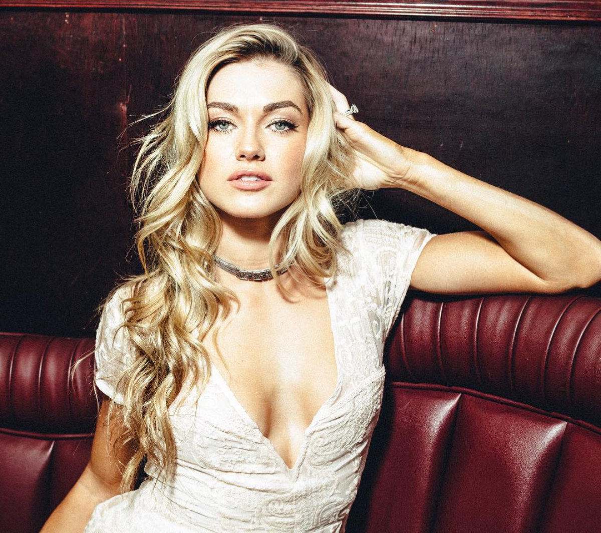 Young Lindsay Arnold naked (62 foto and video), Sexy, Leaked, Boobs, butt 2018