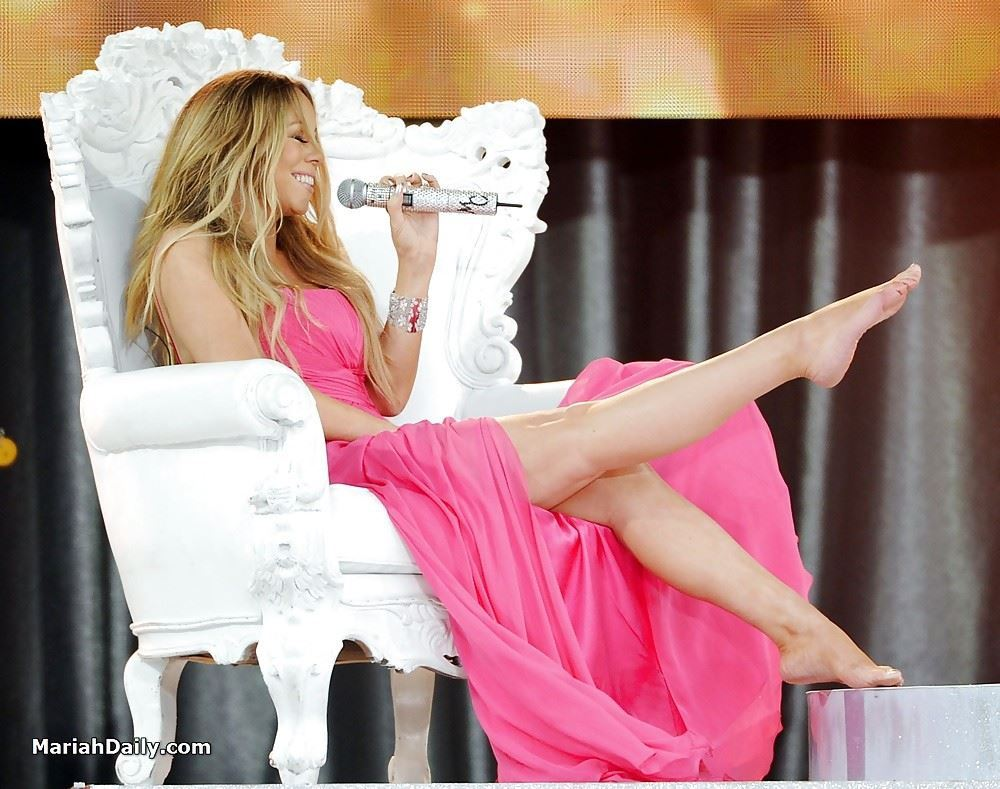 Mariah Carey feet sexy pictures