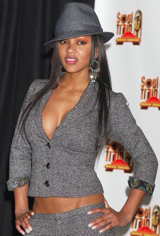 Meagan Good sexy cleavages pictures