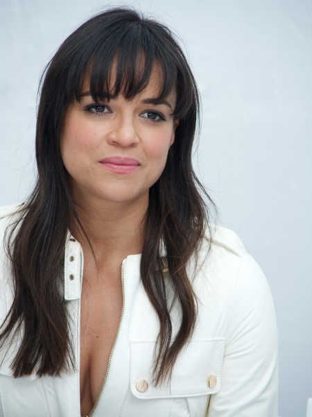 Michelle-Rodriguez-Hot- (2)