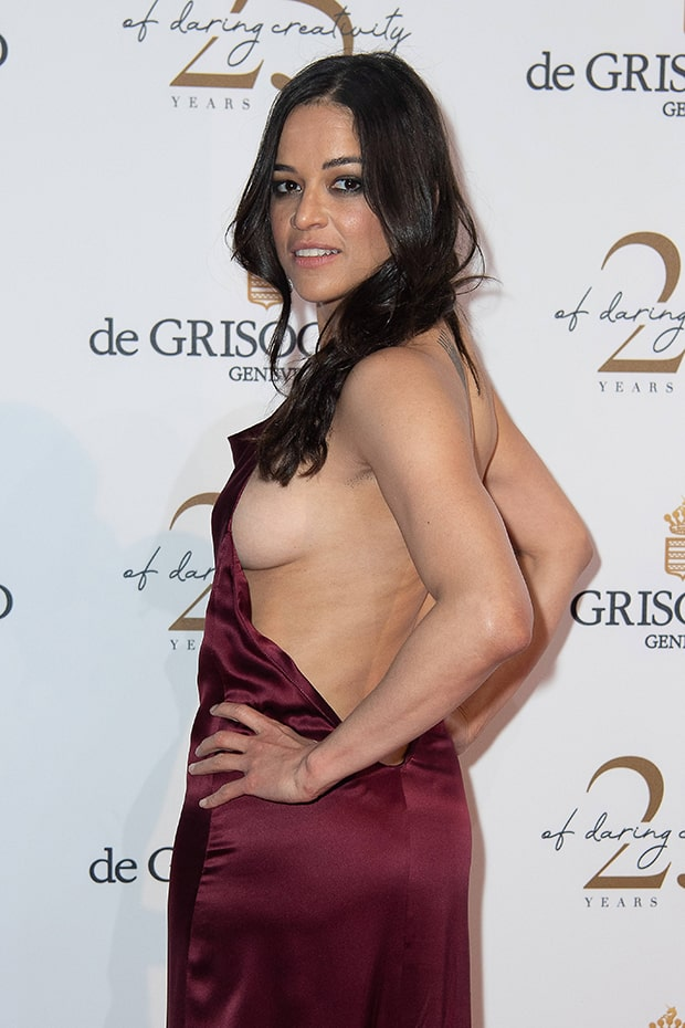 Michelle-Rodriguez-Side-Boobs-