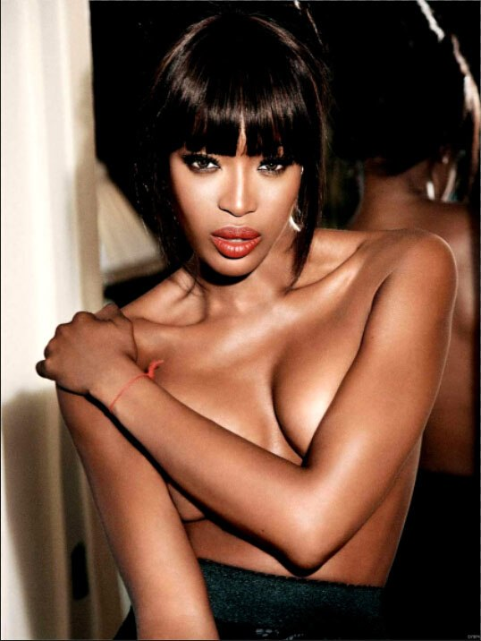 Naomi Campbell Sexy Boobs