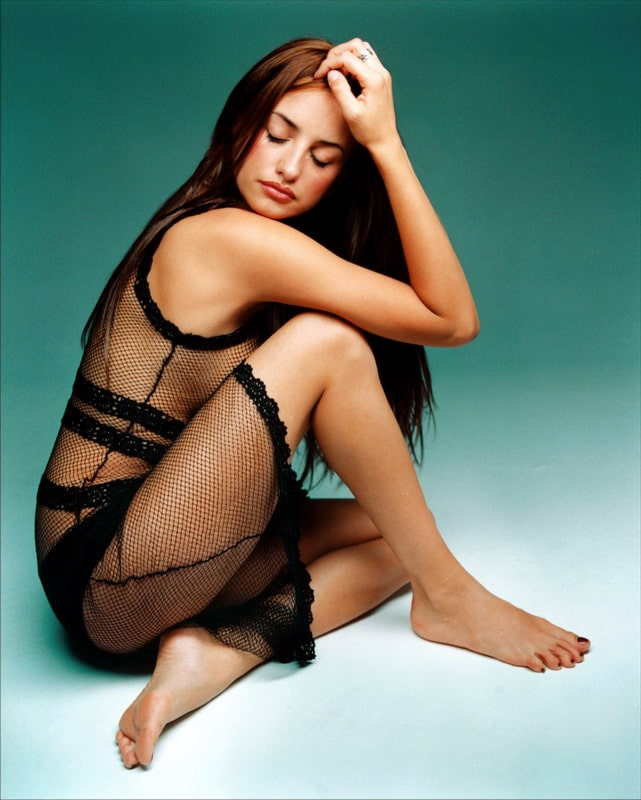 Penelope Cruz Sexy Feet Picture