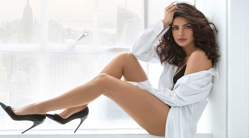 Priyanka Chopra feet hot pictures
