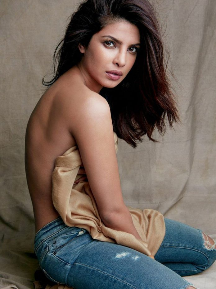 Bollywood actress topless