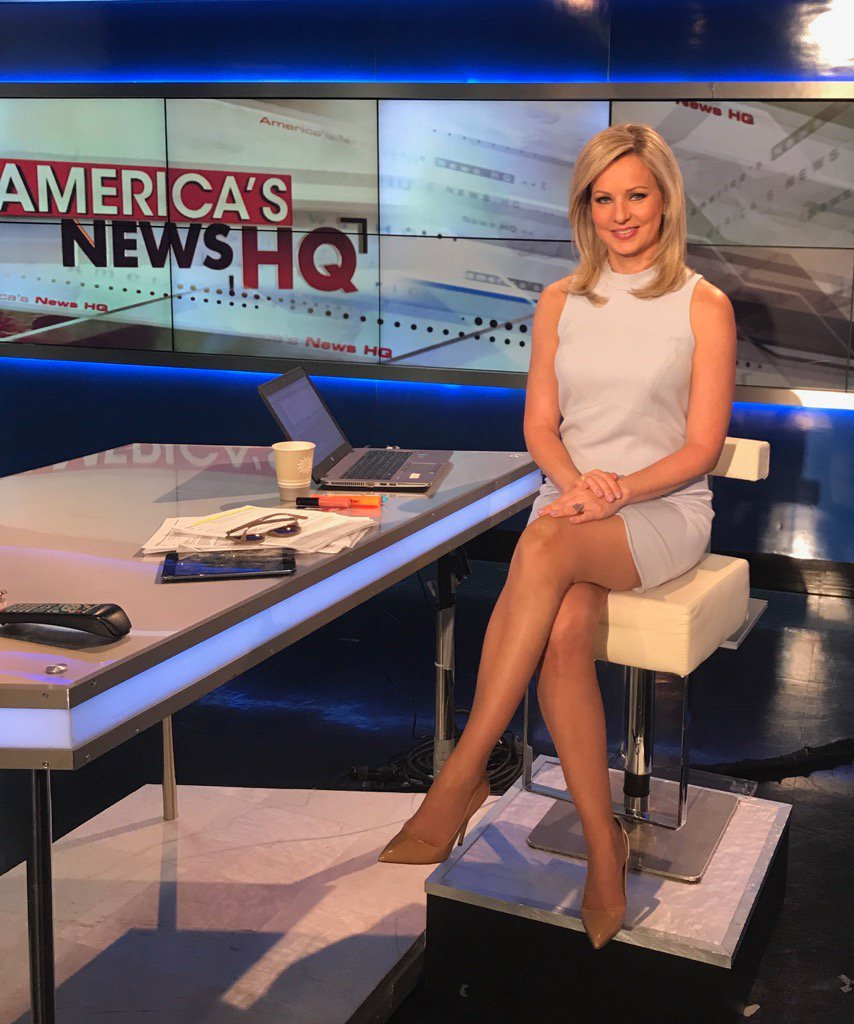 Sandra Smith hot legs
