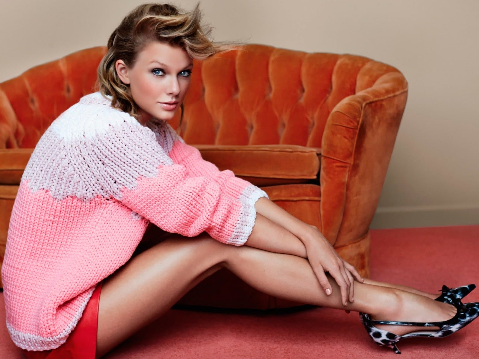 Taylor Swift Sexy Feet