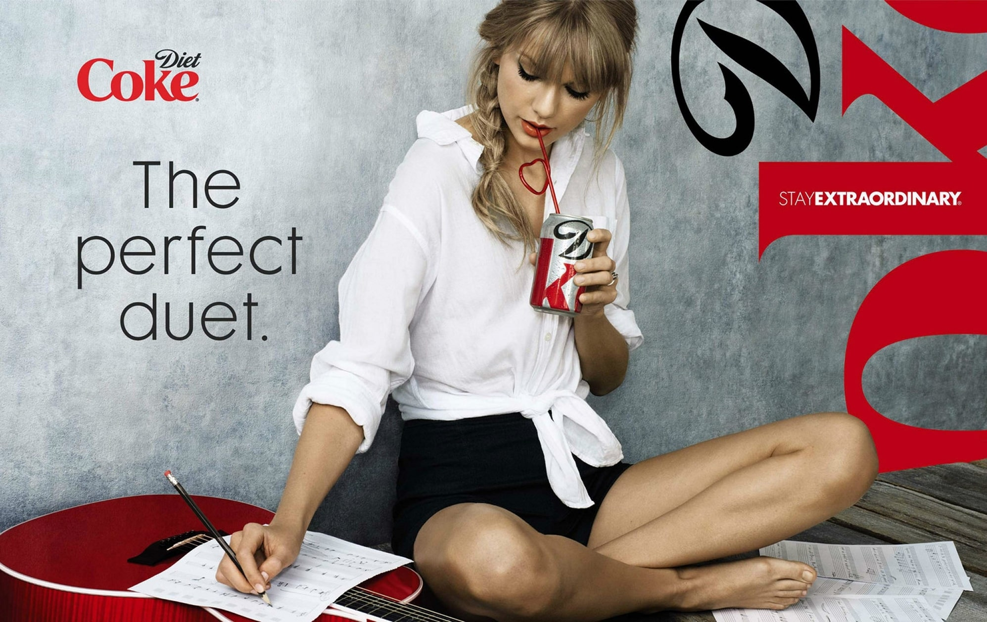 Taylor-Swift-legs awesome to