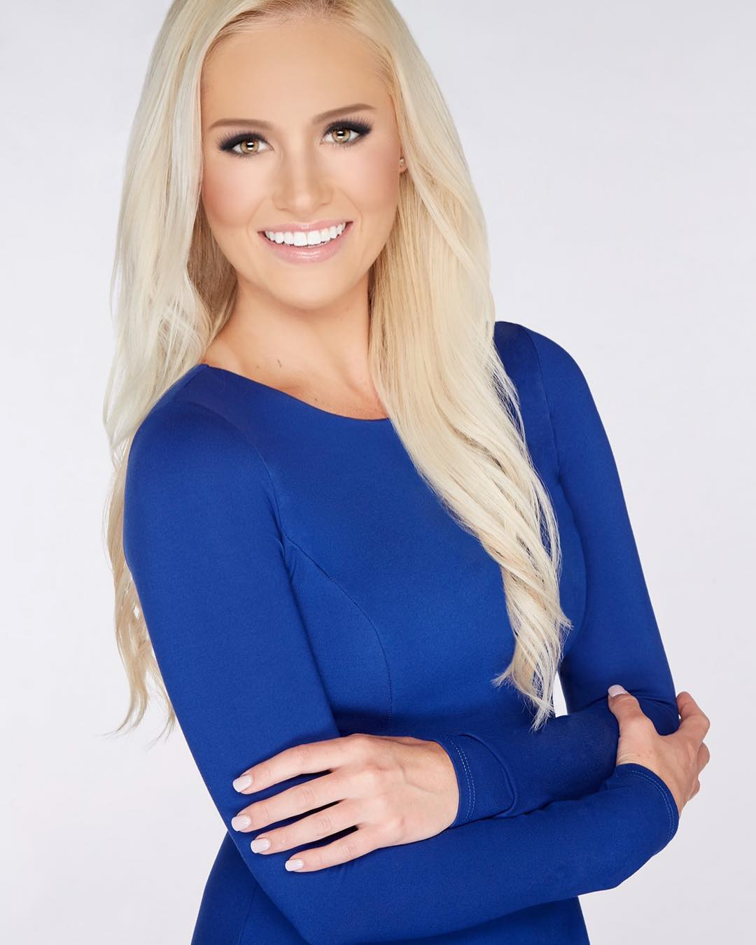 Tomi Lahren Hot in Blue Dress