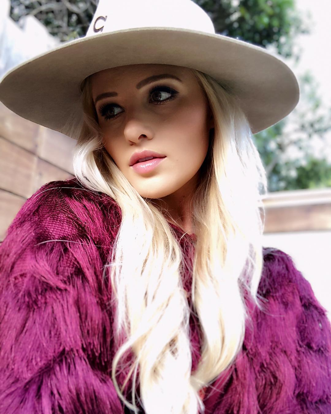 Tomi Lahren wearing Hat