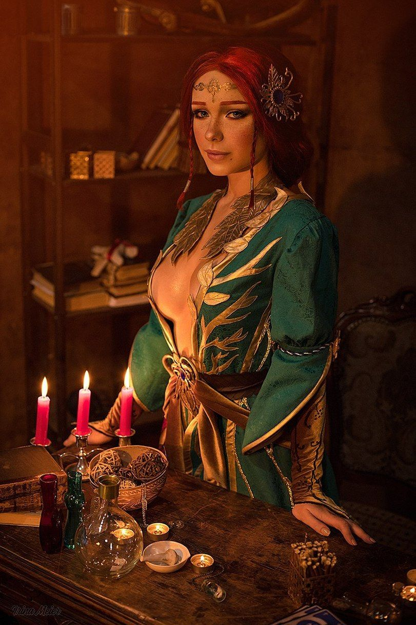 Triss Merigold Sexy Boobs (2)