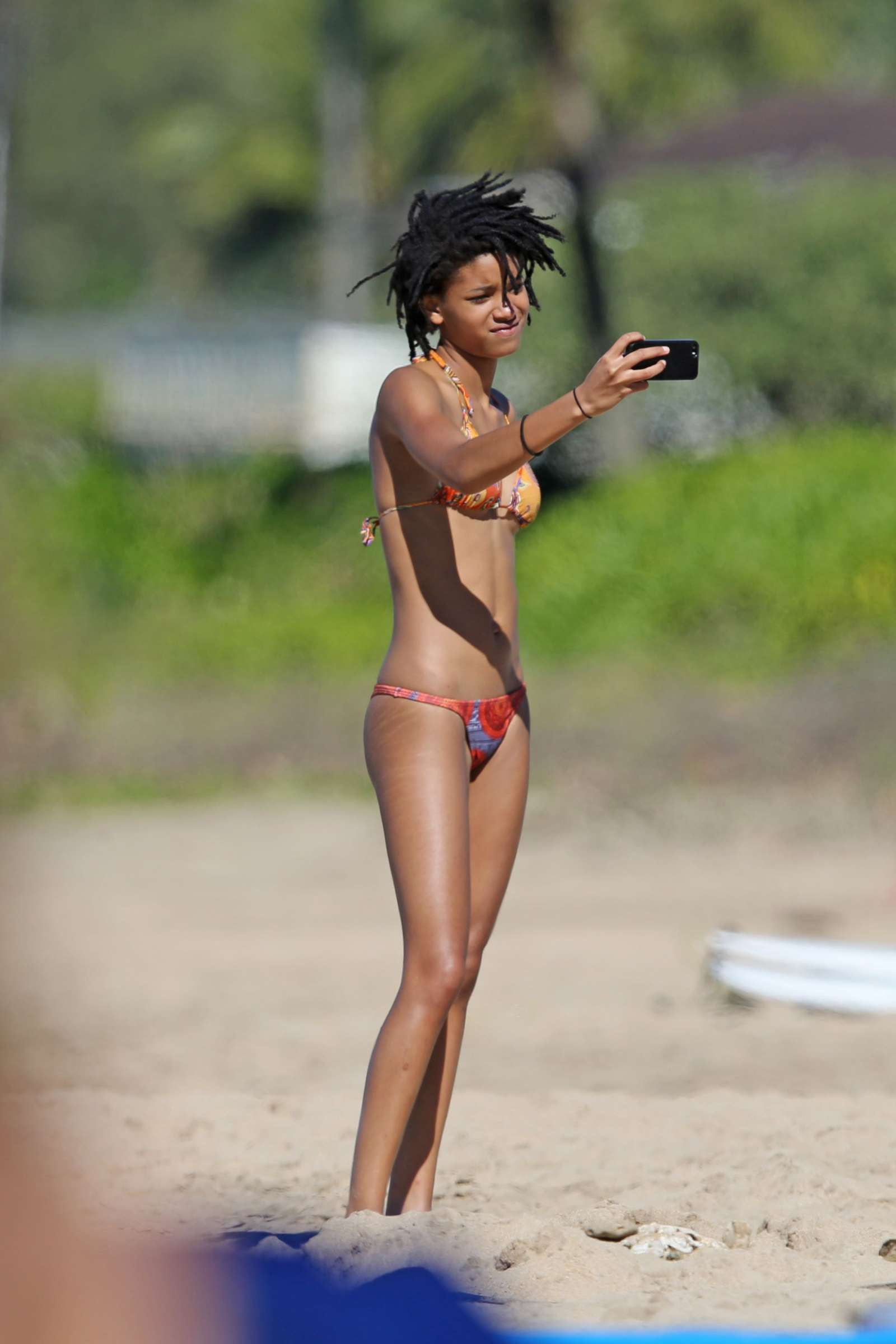 Willow Smith legs sexy pic