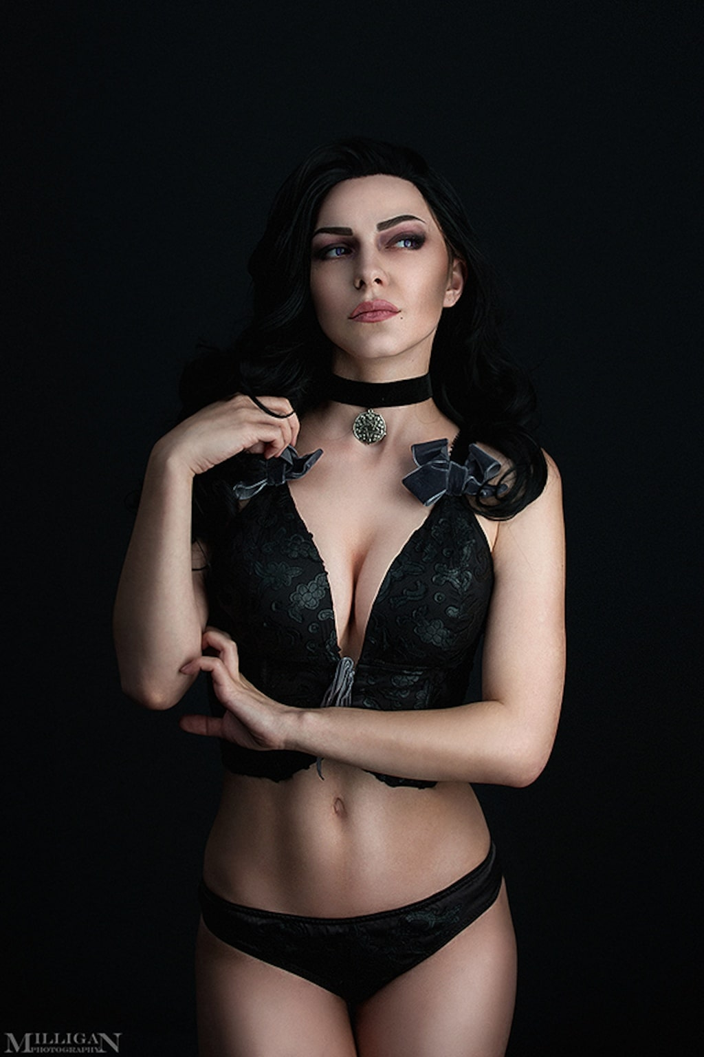 Yennefer Hot on Cosplay