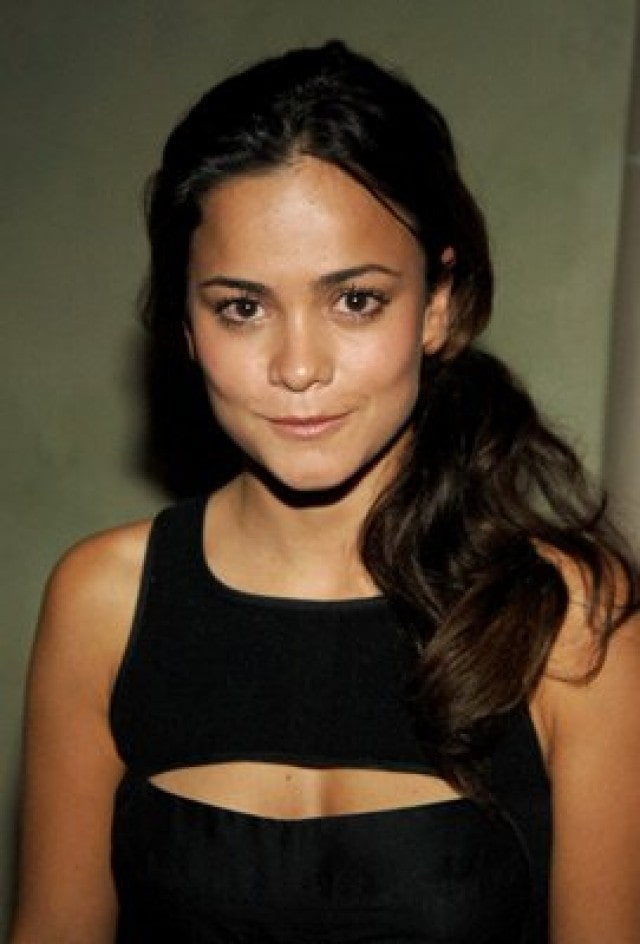 alice braga beautiful pic (2)