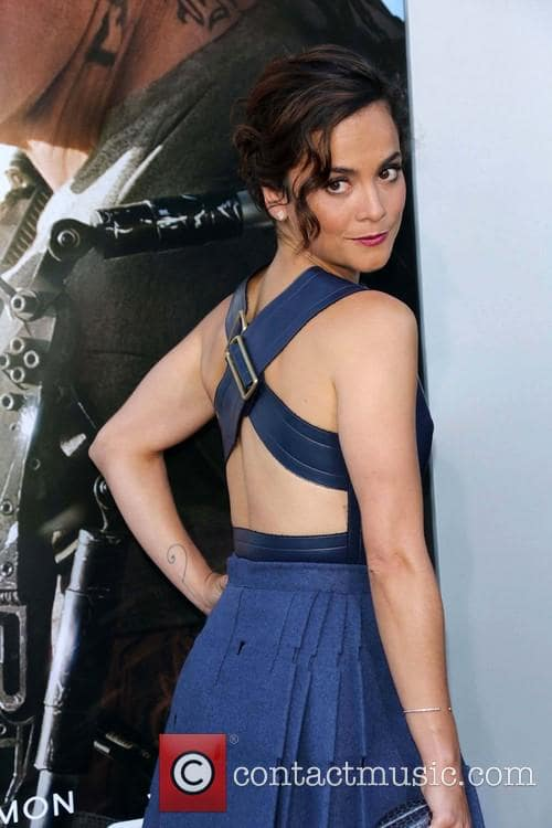 alice braga blue dress