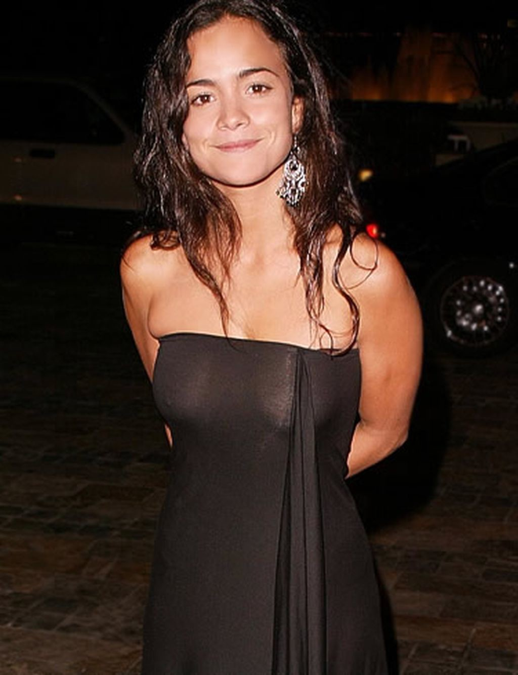 alice braga cleavages pic