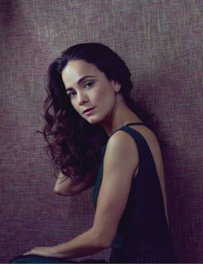 alice braga hot