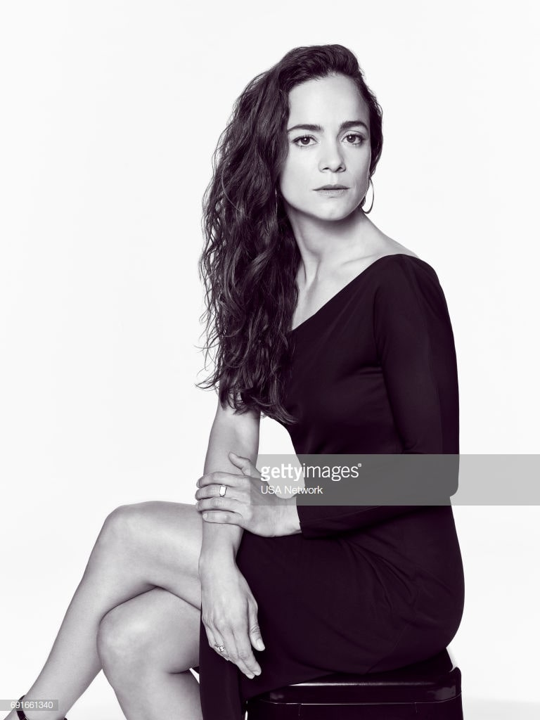 49 Hot Pictures Of Alice Braga Which Will Make You Drool For Her