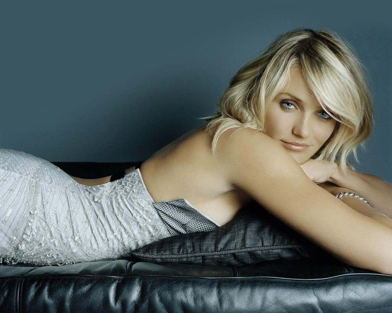 70 Hot Pictures Of Cameron Diaz Which Will Make You Her -4642