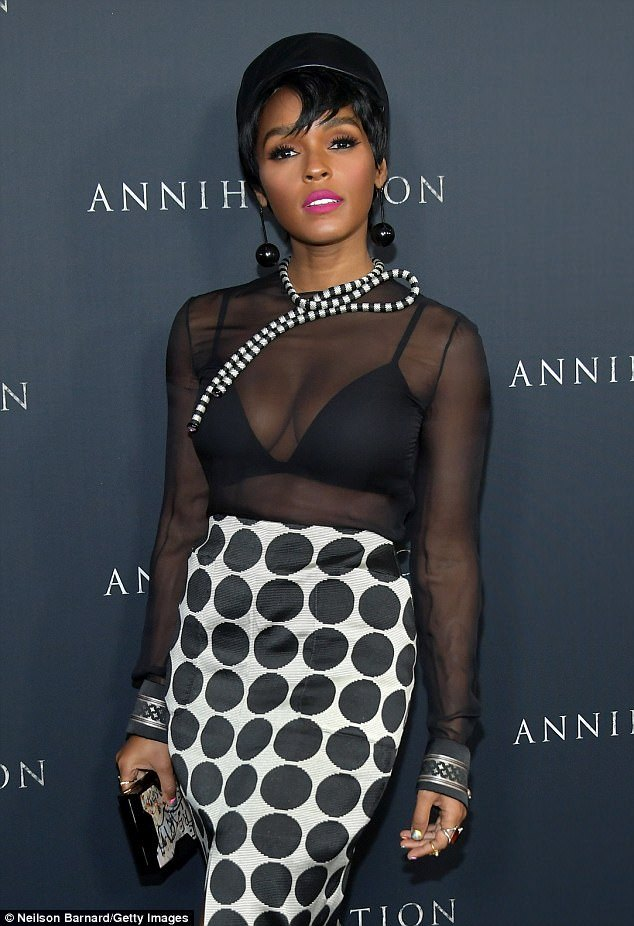 janelle monae sexy dress pictures