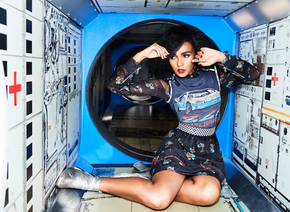 janelle monae stunning feet pictures
